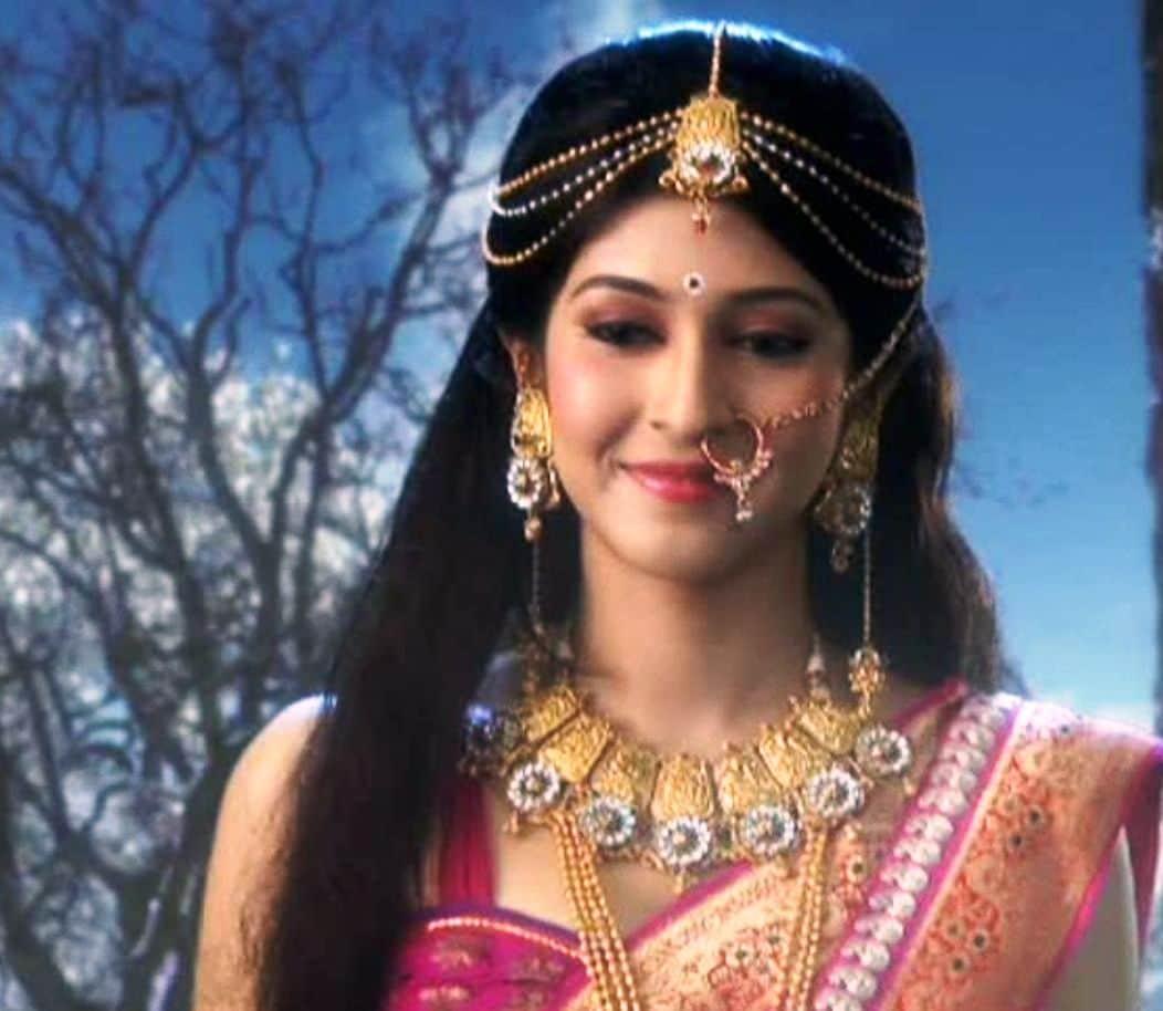 Sonarika Bhadoriya Slams Haters For Rude Remarks