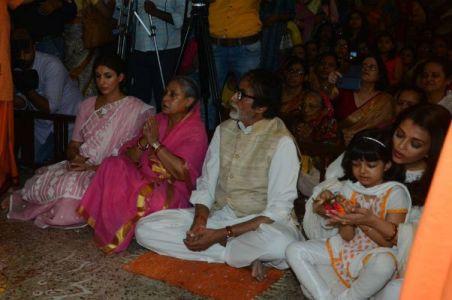 Aradhya Celebrates Durga Ashtami With Aishwarya, Abhishek & Big B