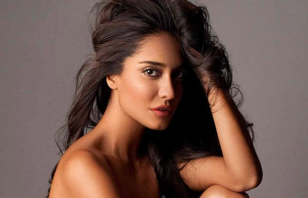 Lisa Haydon Lashes Out At Haters for Calling Her In-Laws Pakistani