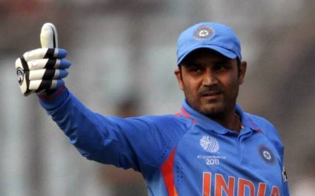 Drvaid Vs Sehwag : Who Will Be India's Next Coach
