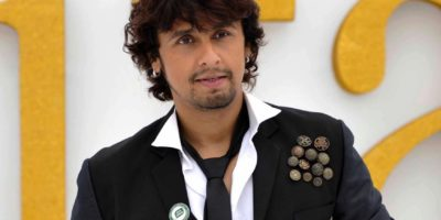 Sonu Nigam Sang Incognito On Streets of Mumbai